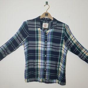 Tops - Plaid button-up shirt